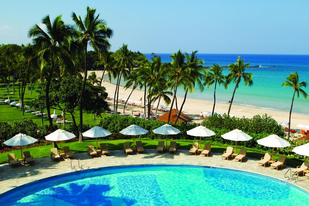 Mauna Kea Beach Hotel pool-beach[1] copy 2.jpg