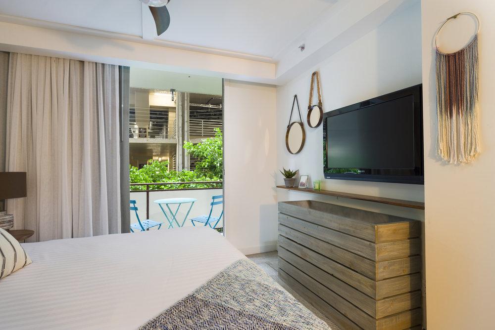 The_Surfjack_Guest_Bedroom.jpg
