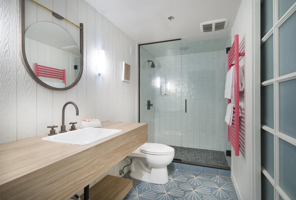 The_Surfjack_Guest_Bathroom_1.jpg