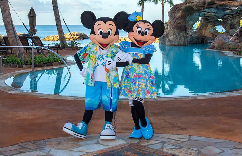 Aulani Mickey& Minnie_800px.jpg