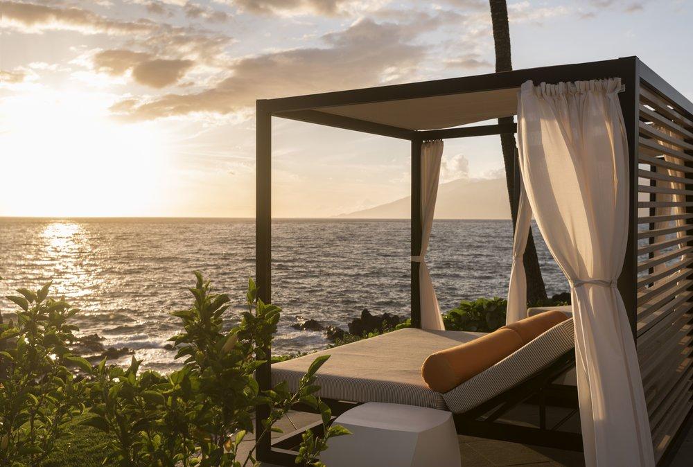 Ohi Pool Sunset Cabana 1.jpg