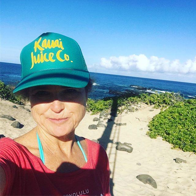 Aloha from the western most point of Oahu! Finally made the hike to Ka'ena Point :) thanks to @fsoahu #fswayfinders  #lethawaiihappen #Oahu #travel #VisitOahu #hikes #westside