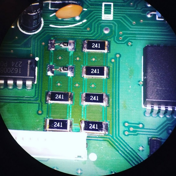 resistors micro solder.jpg