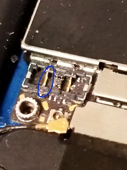 iphone battery terminal.jpg
