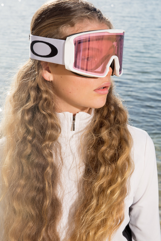 Marmot Top Oakley Goggles