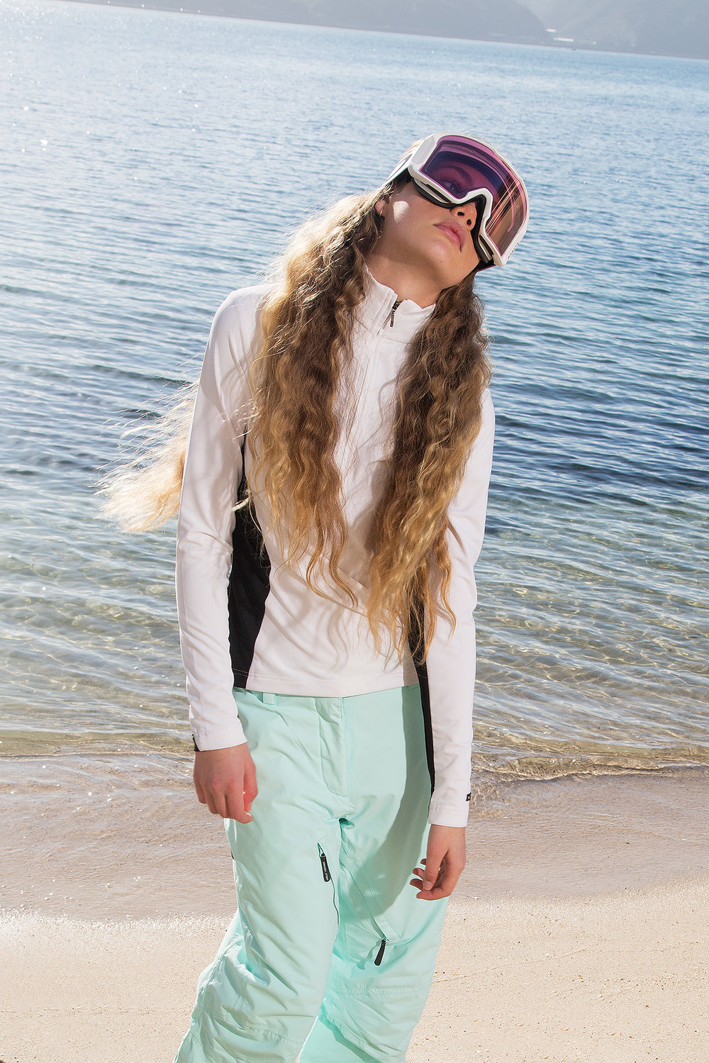 Marmot Top Dakine Pants Oakley Goggles