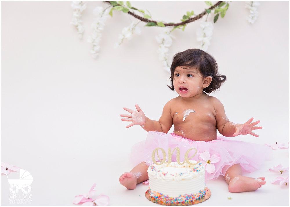 First-Birthday-Cake-Smash-Floral-Theme.jpg