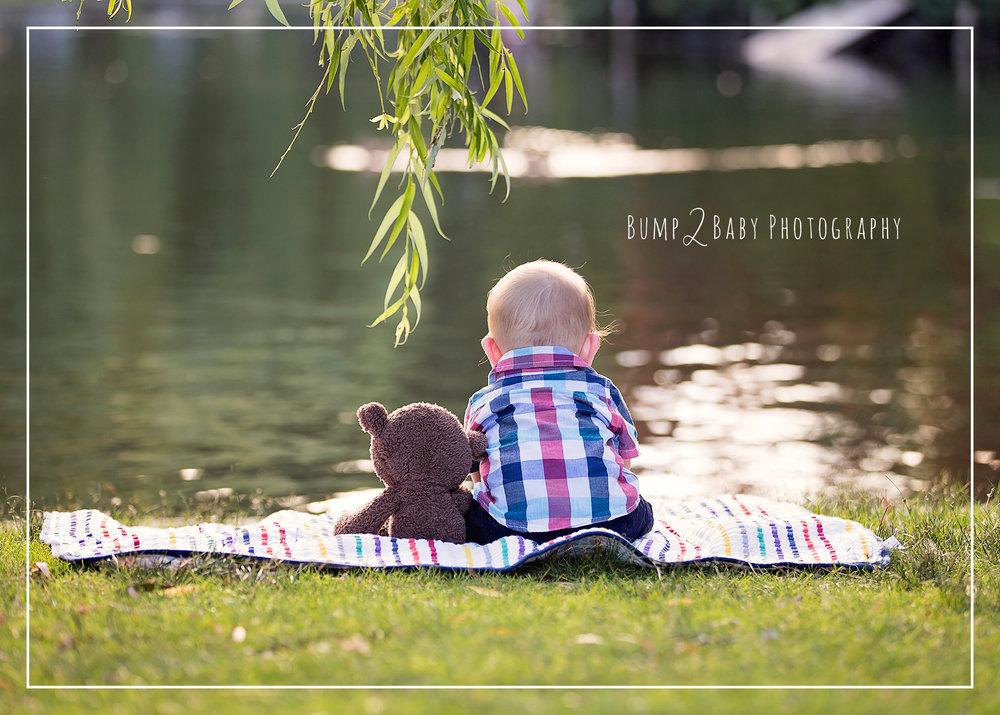 Milestone-Session-Boston-Public-Garden-with-Teddy-Bear.jpg