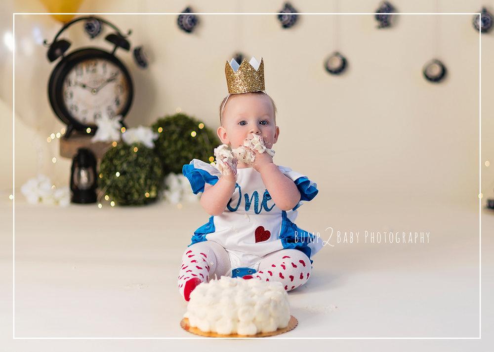 Alice-in-Wonderland-Cakesmash.jpg