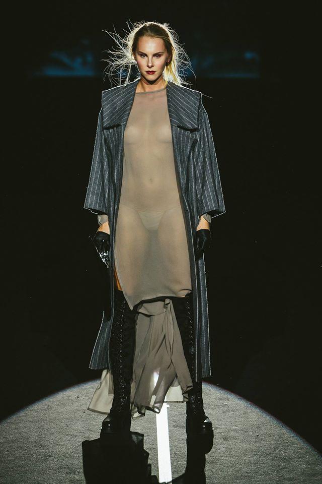 I loooooooove this coat by susnyara!!!