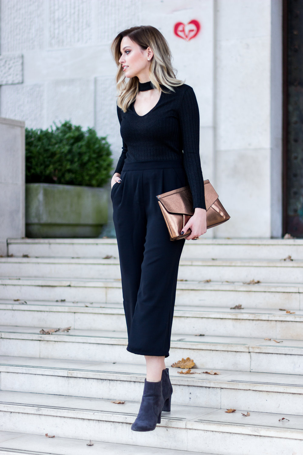 street style mainstream chic