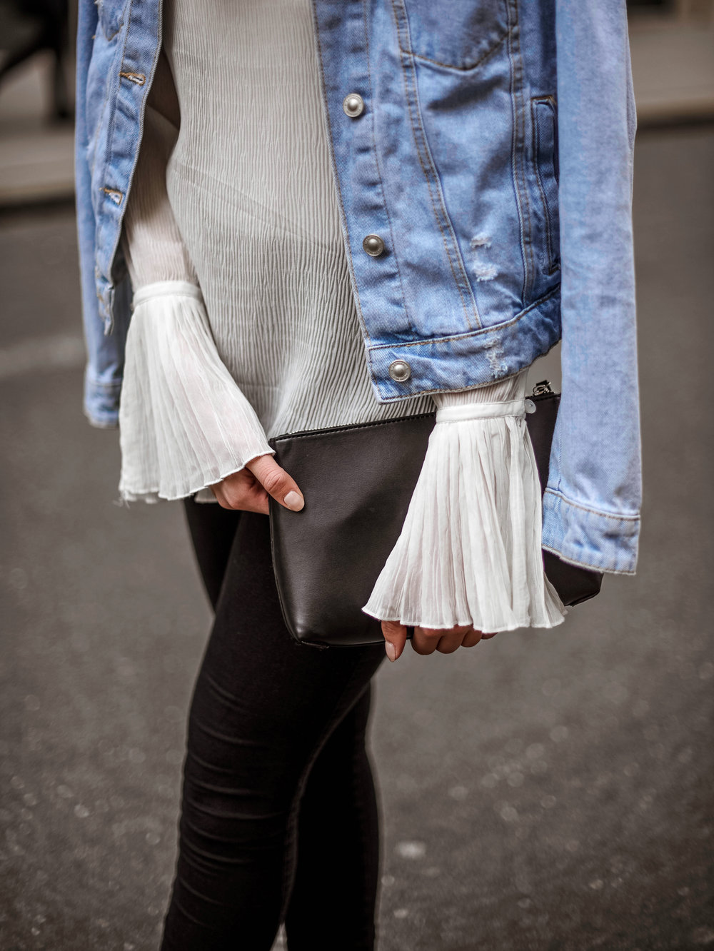mainstream chic street style outfit
