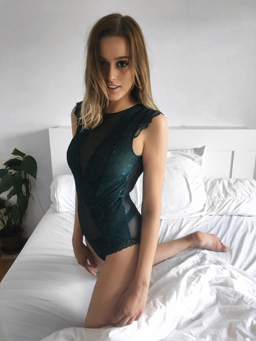 BODY  H&M  / JEANS  LEVIS
