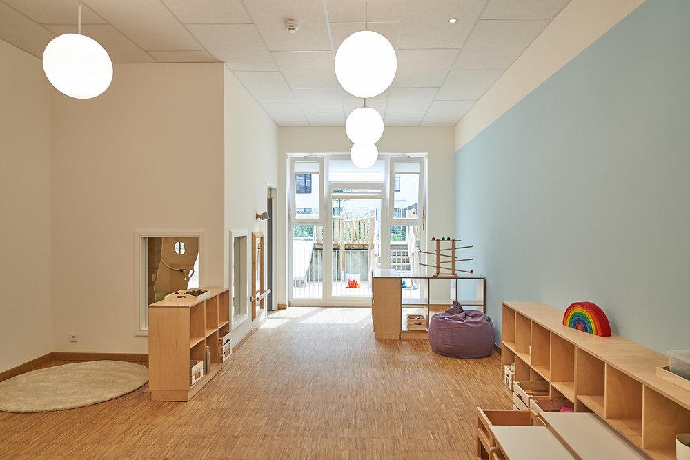 Hamburg, Neue Mitte Altona, Moete, Kita Sandvika, Krippe, U3, Kita, Kindergarten, Kindertagesstätte, Schlafpodest, Krippe 01-03.jpg