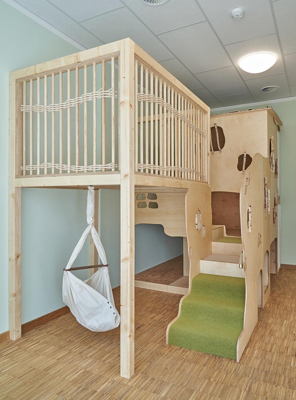 Schlafpodest, Kita, Kindergarten, Kindertagesstätte, Ruhe, Schlafen 02.jpg