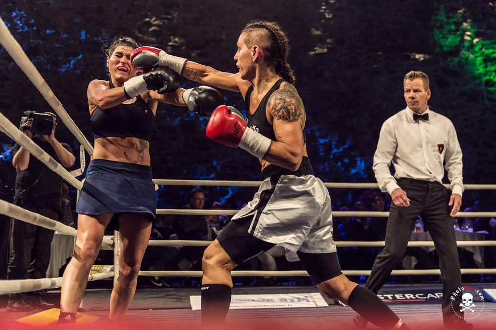 Eva Wahlström vs. Jasmina Nadjia