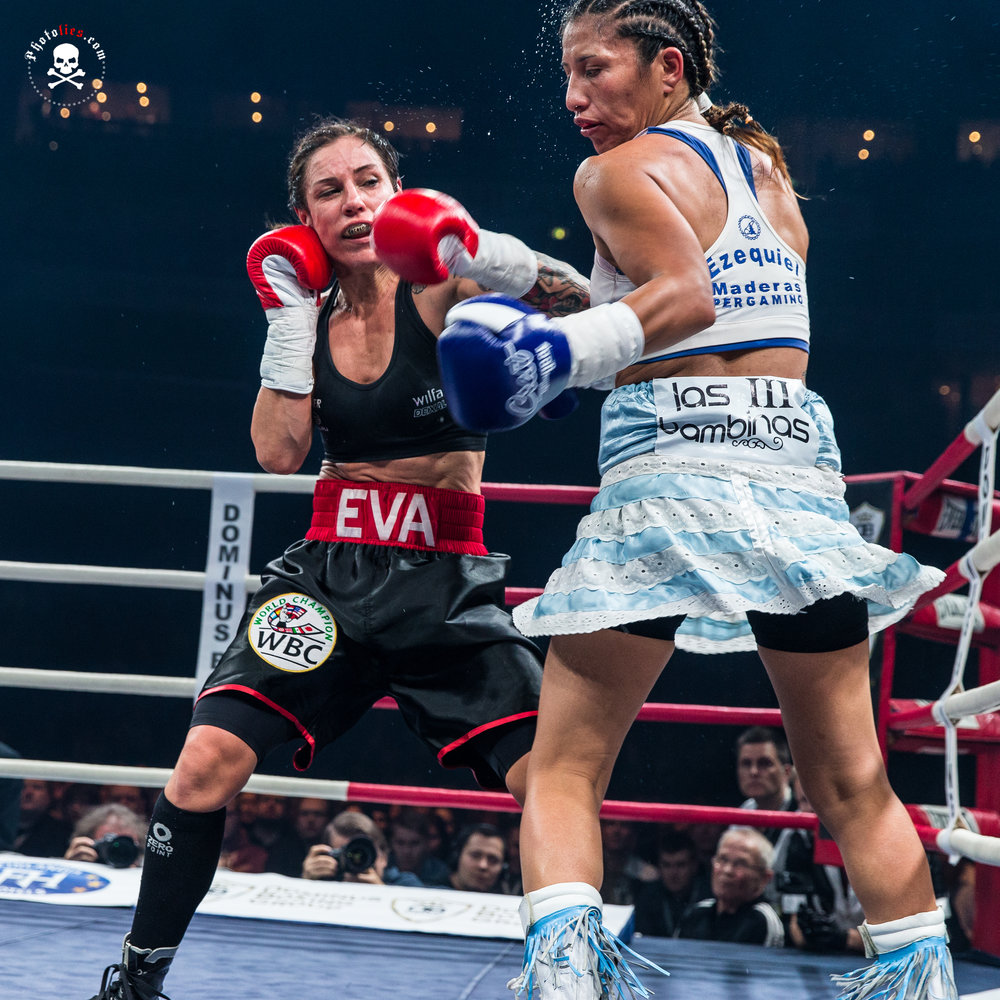 Eva Wahlstrom vs. Anahi Esther Sanchez