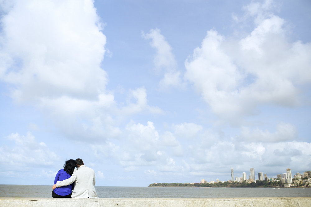 mumbai-engagement-session-into-candid-photography-rh-09.jpg