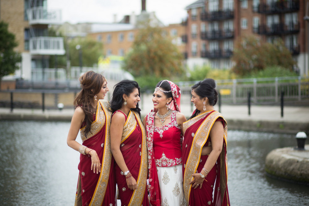 london-into-candid-wedding-photography-sk-19.jpg