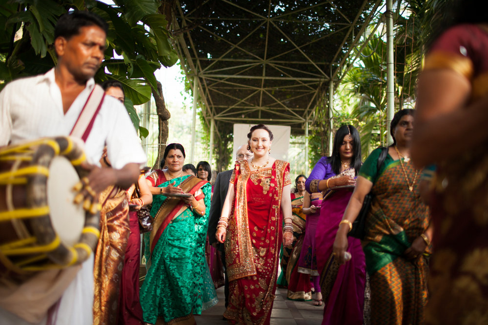 mumbai-hindu-wedding-into-candid-photography-ts-18.jpg
