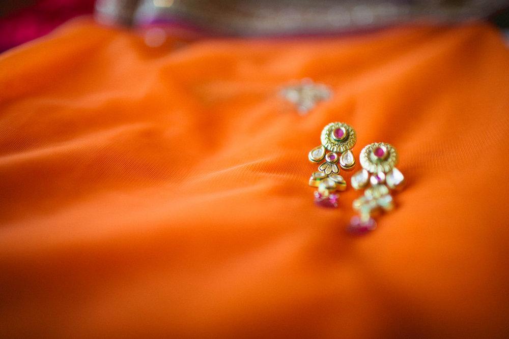 hindu-wedding-mumbai-into-candid-photography-dk-02.jpg