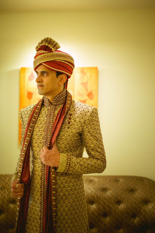 hindu-wedding-mumbai-into-candid-photography-dk-09.jpg