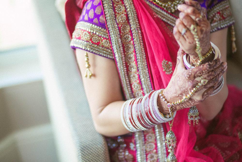 hindu-wedding-mumbai-into-candid-photography-dk-11.jpg