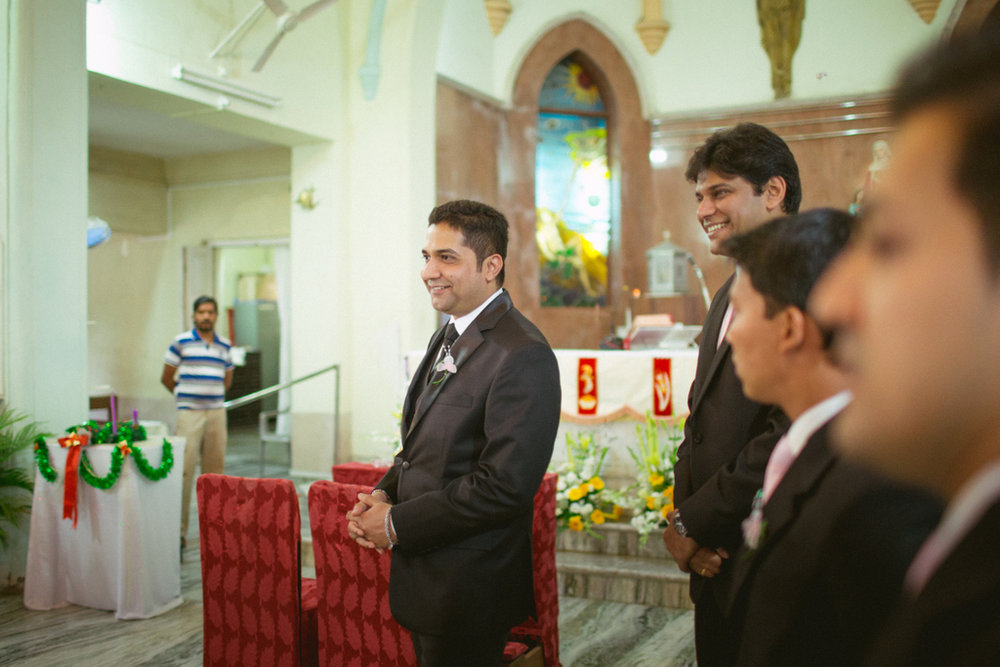 mumbai-church-wedding-into-candid-photography-ag-26.jpg