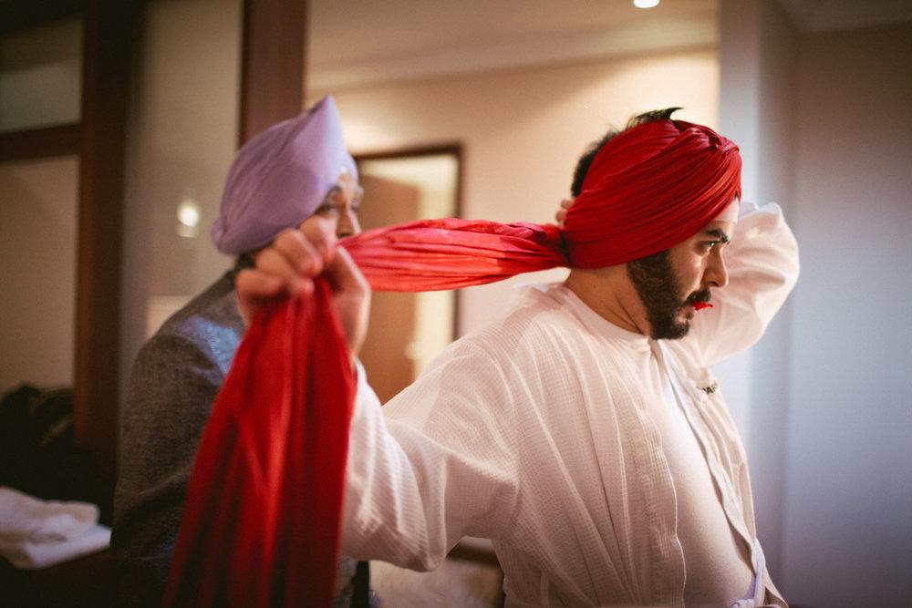destination-dubai-sikh-wedding-into-candid-photography-pd-0007.jpg