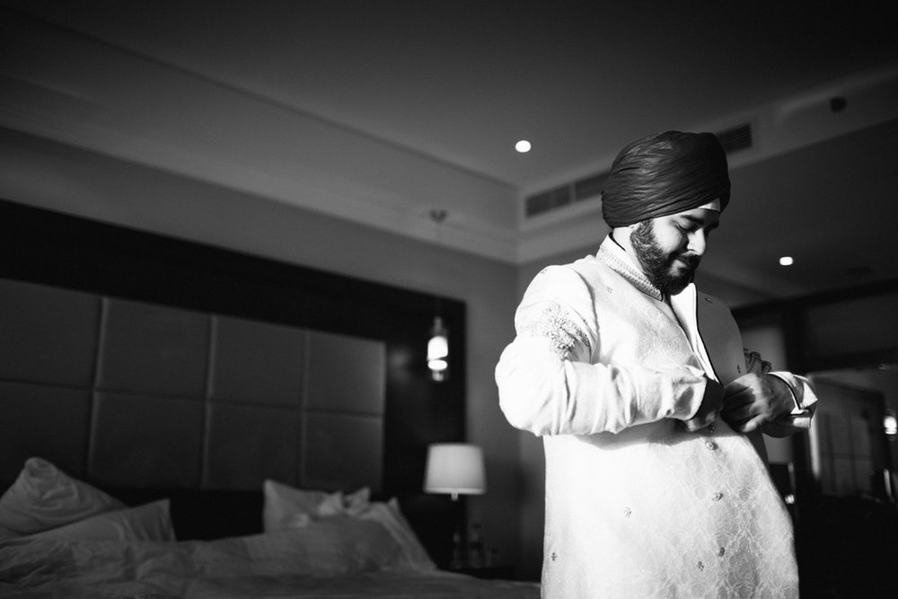 destination-dubai-sikh-wedding-into-candid-photography-pd-0010.jpg