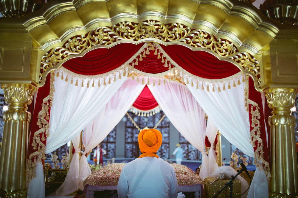 destination-dubai-sikh-wedding-into-candid-photography-pd-0030.jpg
