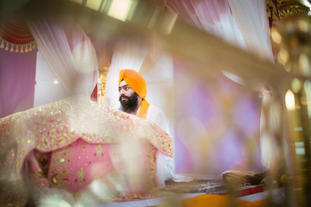 destination-dubai-sikh-wedding-into-candid-photography-pd-0032.jpg