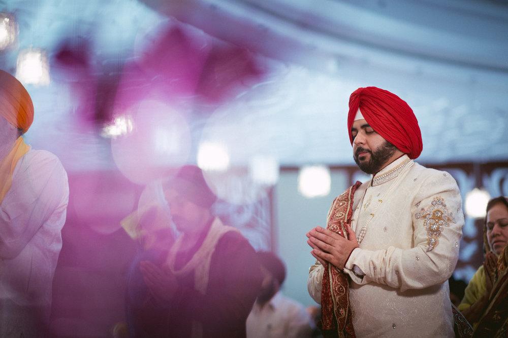 destination-dubai-sikh-wedding-into-candid-photography-pd-0047.jpg