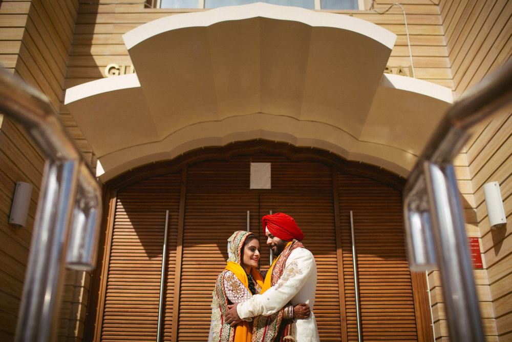 destination-dubai-sikh-wedding-into-candid-photography-pd-0053.jpg