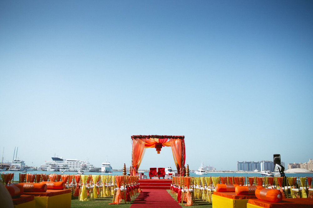 destination-dubai-hindu-wedding-into-candid-photography-pd-00032.jpg