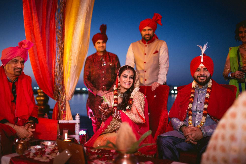 destination-dubai-hindu-wedding-into-candid-photography-pd-0049.jpg