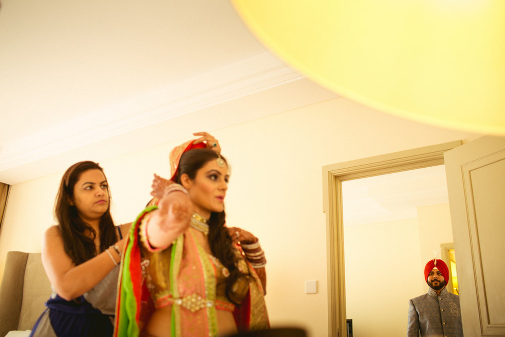 destination-dubai-hindu-wedding-into-candid-photography-pd-00112.jpg