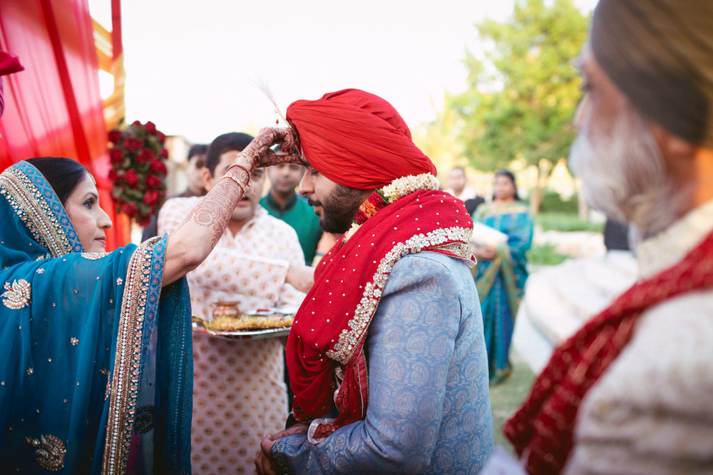 destination-dubai-hindu-wedding-into-candid-photography-pd-00291.jpg