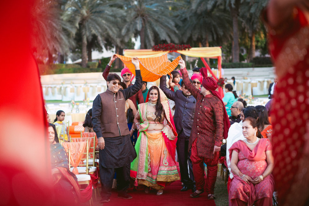 destination-dubai-hindu-wedding-into-candid-photography-pd-00361.jpg