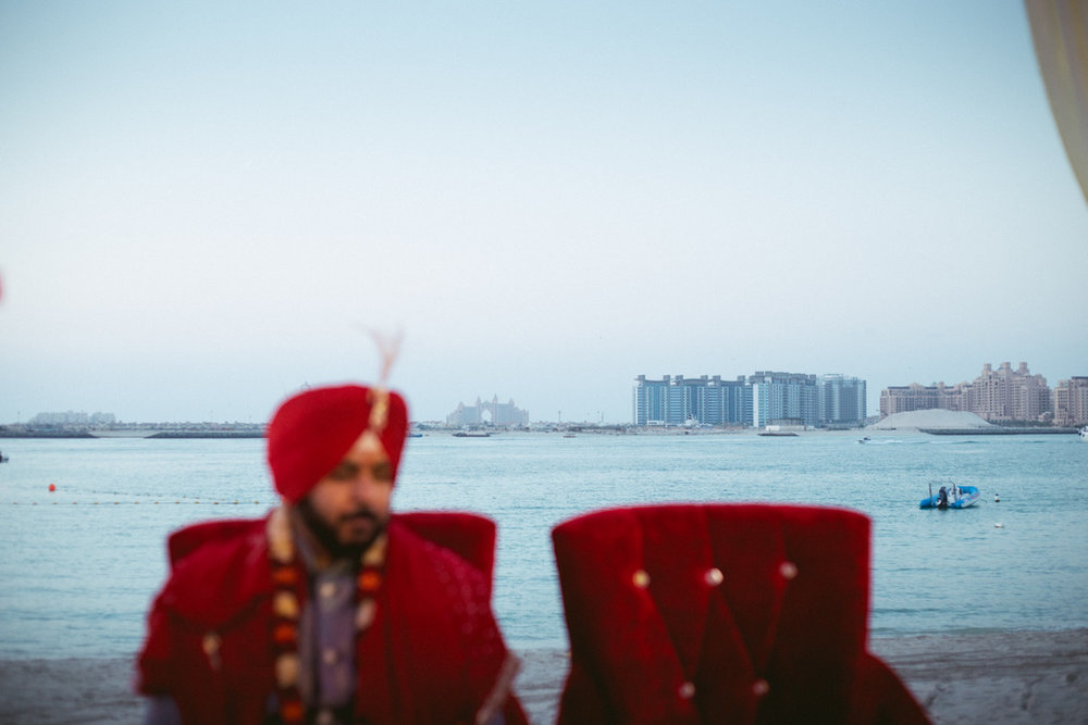destination-dubai-hindu-wedding-into-candid-photography-pd-00381.jpg