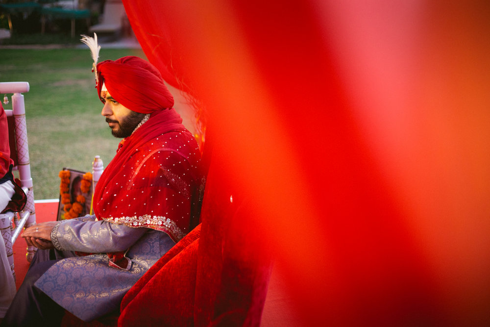 destination-dubai-hindu-wedding-into-candid-photography-pd-00421.jpg