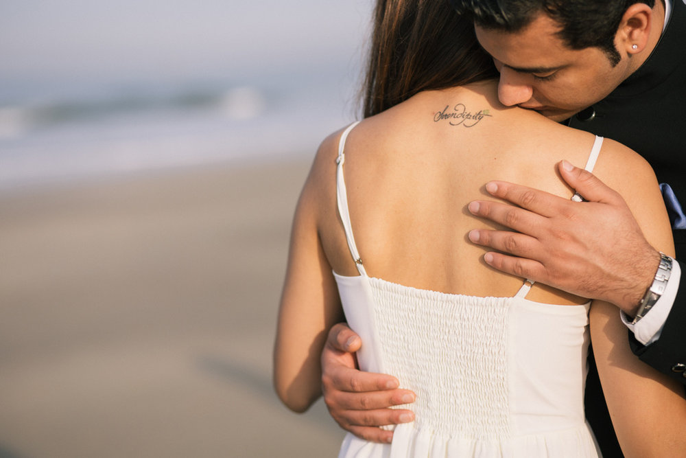 goa-beach-pre-wedding-couple-session-into-candid-photography-mk-181.jpg
