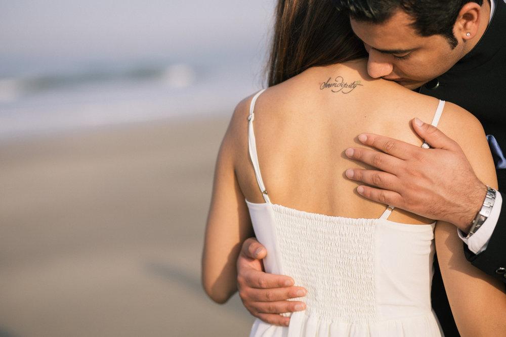 goa-beach-pre-wedding-couple-session-into-candid-photography-mk-181.jpg