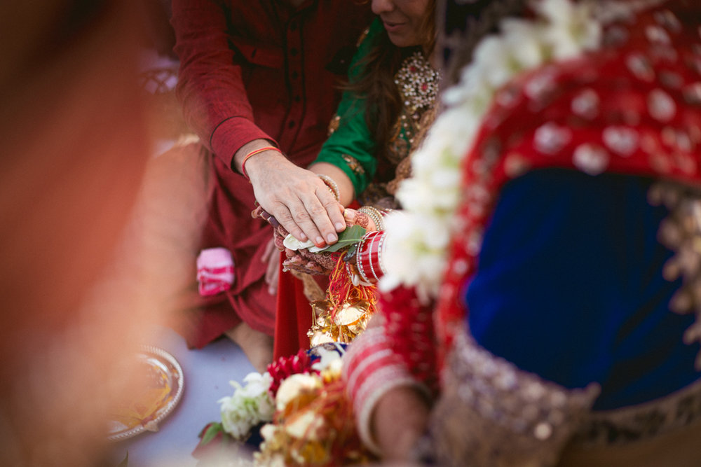 goa-destination-wedding-into-candid-photography-441.jpg