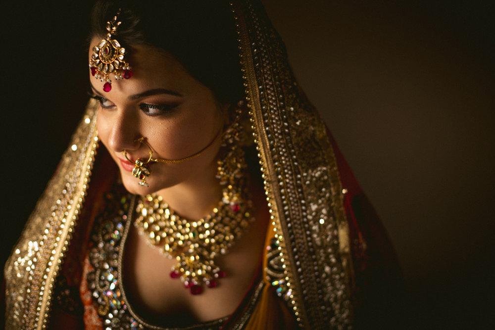 into-candid-photography-hindu-wedding-mumbai-ks-09.jpg