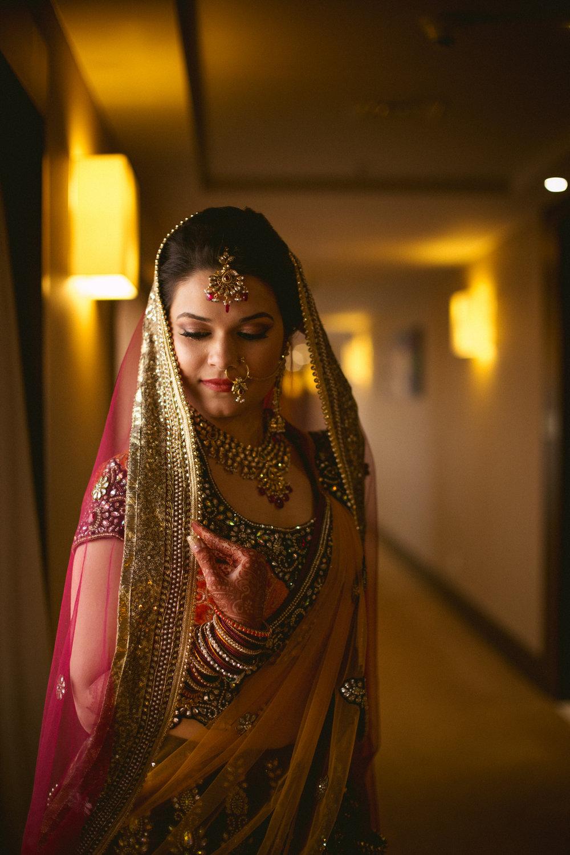 into-candid-photography-hindu-wedding-mumbai-ks-11.jpg