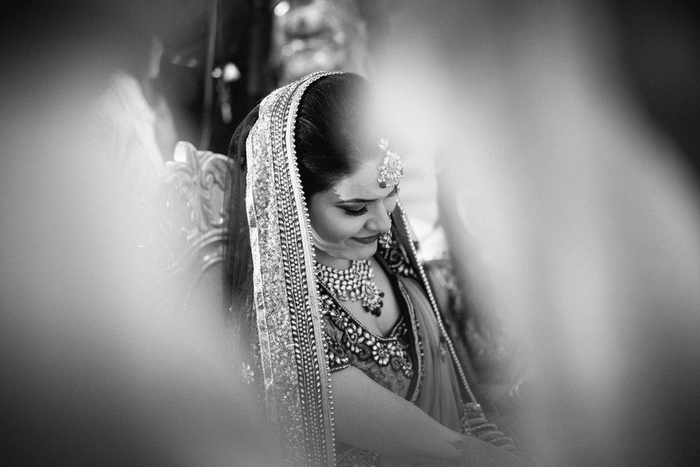 into-candid-photography-hindu-wedding-mumbai-ks-31.jpg