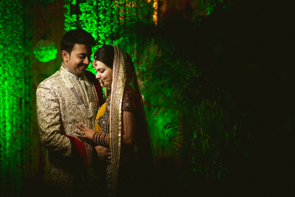 into-candid-photography-hindu-wedding-mumbai-ks-43.jpg