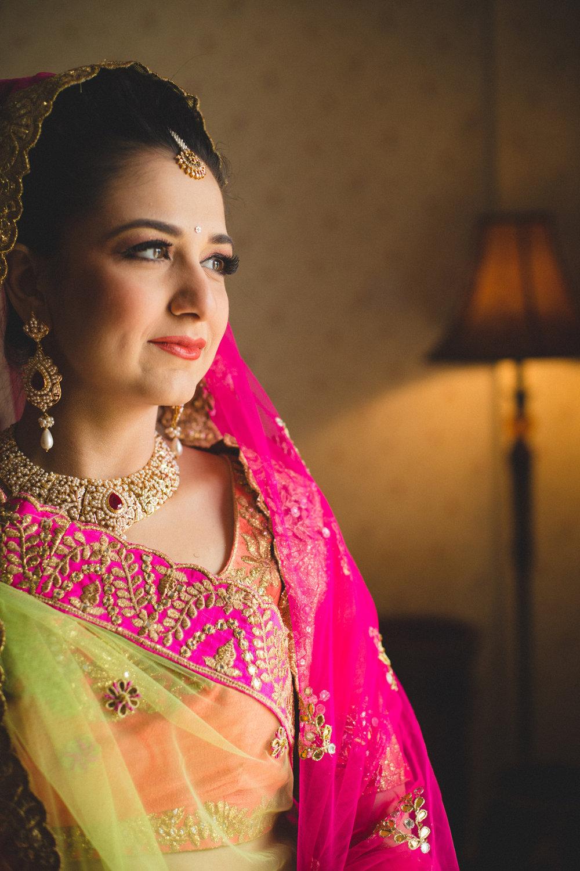 destination-wedding-photography-dubai-into-candid-gurudwara-rv-022.jpg