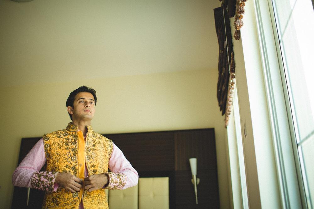 destination-wedding-photography-dubai-into-candid-gurudwara-rv-030.jpg